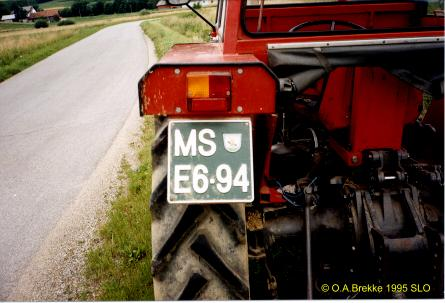 Slovenia agricultural tractor series former style MS E6-94.jpg (28 kB)