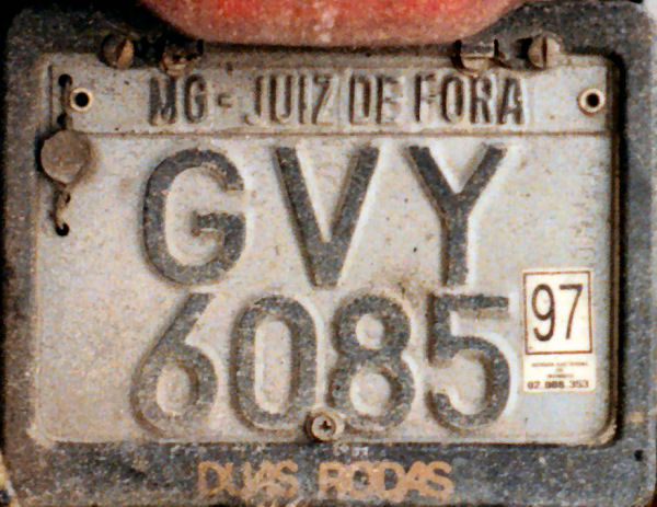 Brazil former normal series motorcycle close-up GVY 6085.jpg (79 kB)
