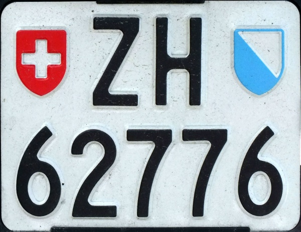Switzerland motorcycle series close-up ZH 62776.jpg (121 kB)