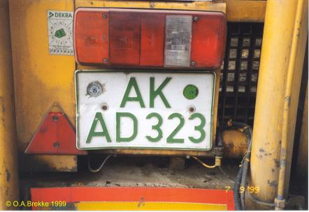 Germany road tax free series former style AK-AD 323.jpg (25 kB)