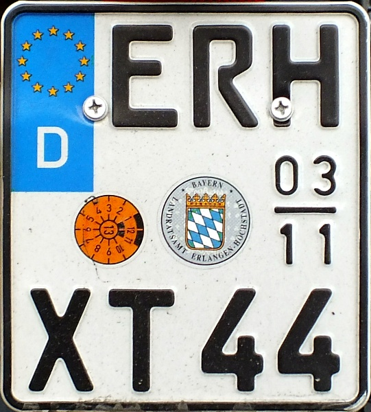 Germany seasonal motorcycle plate close-up ERH XT 44.jpg (152 kB)