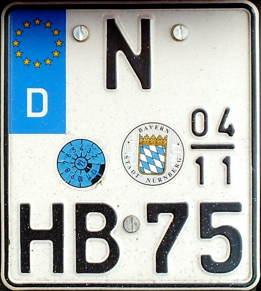 Germany seasonal motorcycle plate close-up N HB 75.jpg (158 kB)