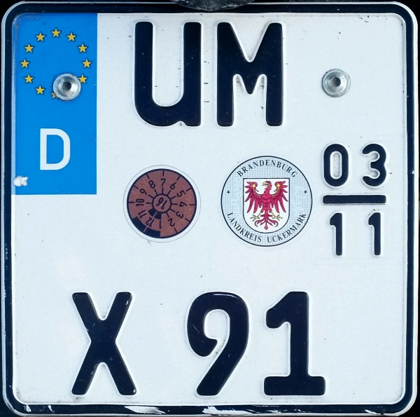 Germany seasonal motorcycle plate close-up UM X 91.jpg (137 kB)