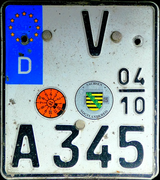 Germany seasonal motorcycle plate close-up V A 345.jpg (217 kB)