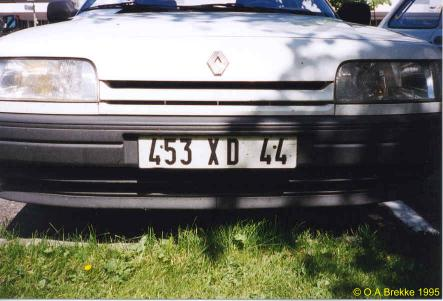 France former normal series front plate 453 XD 44.jpg (28 kB)