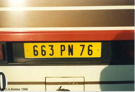 France former normal series rear plate 663 PN 76.jpg (19 kB)