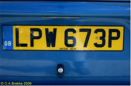 Great Britain former normal series rear plate LPW 673P.jpg (24 kB)