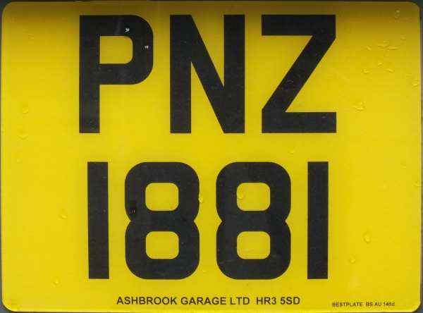 Northern Ireland normal series rear plate close-up PNZ 1881.jpg (80 kB)