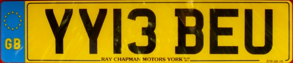 Great Britain normal series rear plate close-up YY13 BEU.jpg (41 kB)