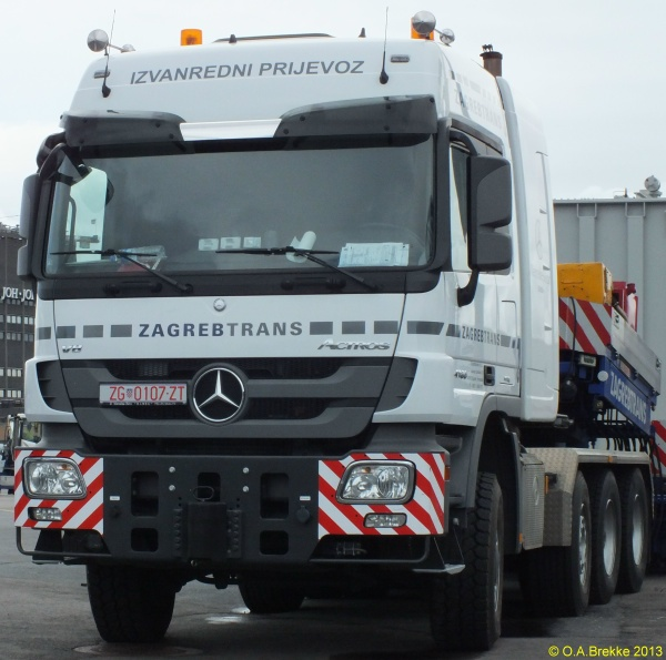 Croatia abnormal vehicle series former style ZG 0107-ZT.jpg (126 kB)