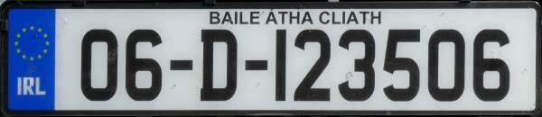 Ireland vehicles imported second-hand close-up 06-D-123506.jpg (64 kB)