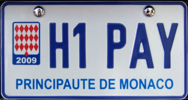 Monaco fake personalized plate close-up H1 PAY.jpg (73 kB)