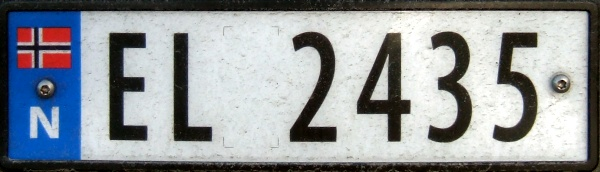 Norway electrically powered four numeral series former style close-up EL 2435.jpg (53 kB)