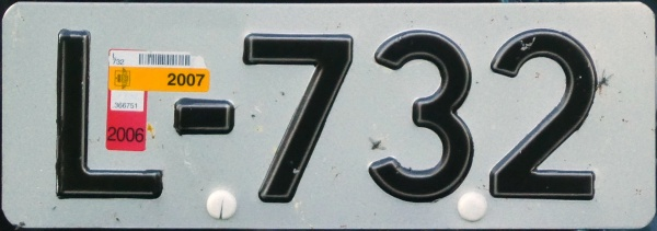 Norway antique vehicle series close-up L-732.jpg (79 kB)