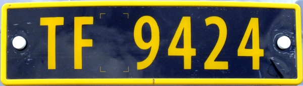 Norway four numeral series not allowed on public roads former style close-up TF 9424.jpg (51 kB)