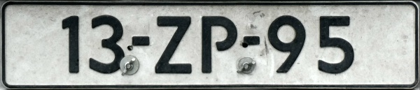 Netherlands repeater plate close-up 13-ZP-95.jpg (66 kB)