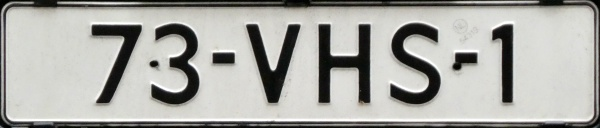 Netherlands repeater plate 73-VHS-1.jpg (58 kB)