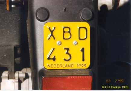 Netherlands moped series 1999 issue XBD 431.jpg (20 kB)
