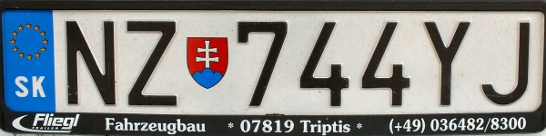 Slovakia trailer series close-up NZ 744 YJ.jpg (50 kB)