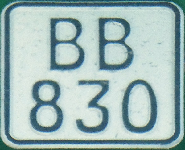 Lithuania unknown motorcycle series close-up BB 830.jpg (145 kB)