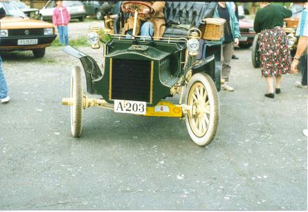 Norway antique vehicle series A-203.jpg (31 kB)